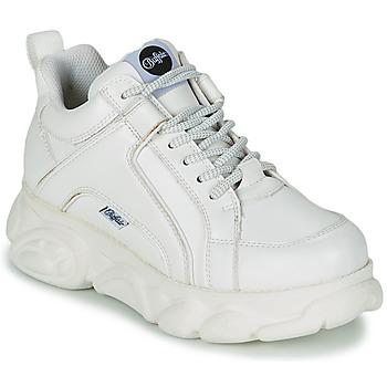 kengät Naiset Matalavartiset tennarit Buffalo CORIN Valkoinen