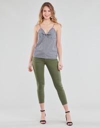 vaatteet Naiset Chino-housut / Porkkanahousut Le Temps des Cerises PULP HILL Khaki