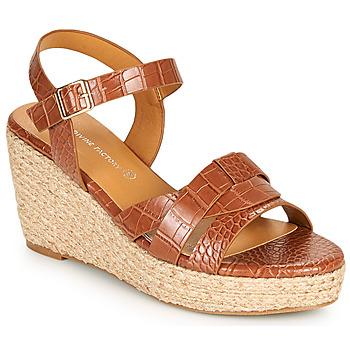 kengät Naiset Sandaalit ja avokkaat The Divine Factory QL4351 Kamelinruskea