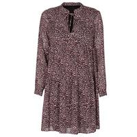 vaatteet Naiset Lyhyt mekko Ikks BS30035-35 Punainen