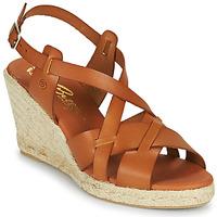 kengät Naiset Sandaalit ja avokkaat Betty London OSAVER Kamelinruskea