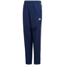 vaatteet Pojat Verryttelyhousut adidas Originals JR Tiro 19 Woven Tummansininen