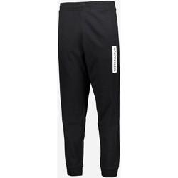 vaatteet Miehet Verryttelyhousut Calvin Klein Jeans 00GMT0P706 Nero