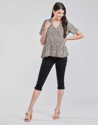vaatteet Naiset Caprihousut Vero Moda VMHOT SEVEN Musta