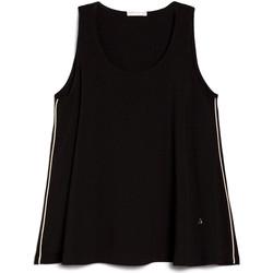 vaatteet Naiset Topit / Puserot NeroGiardini E062790D Musta