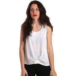 vaatteet Naiset Topit / Puserot Gaudi 911BD45001 Valkoinen