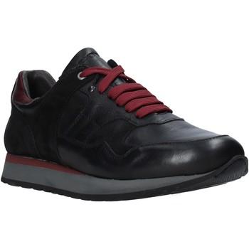 kengät Miehet Matalavartiset tennarit Exton 591 Musta