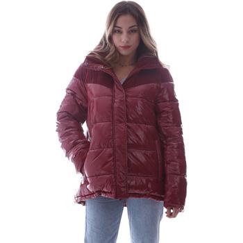 vaatteet Naiset Toppatakki Invicta 4432435/D Punainen