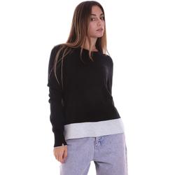 vaatteet Naiset Neulepusero Calvin Klein Jeans K20K202032 Musta