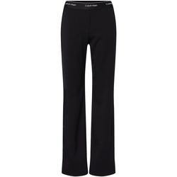 vaatteet Naiset Chino-housut / Porkkanahousut Calvin Klein Jeans K20K202129 Musta