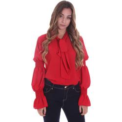 vaatteet Naiset Paitapusero / Kauluspaita Gaudi 021BD45025 Punainen