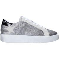 kengät Naiset Matalavartiset tennarit Shop Art SA030064 Hopea