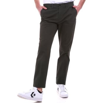vaatteet Miehet Chino-housut / Porkkanahousut Navigare NV55187 Vihreä
