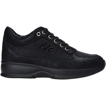 kengät Naiset Matalavartiset tennarit Lumberjack SW01305 010 R82 Musta