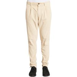vaatteet Miehet Chino-housut / Porkkanahousut Gaudi 021GU25017 Valkoinen