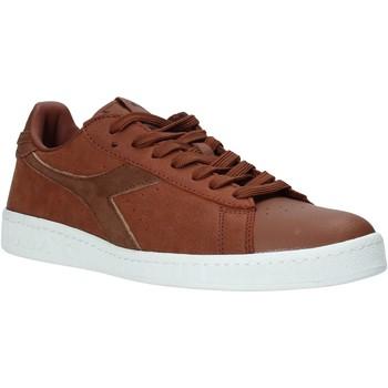 kengät Naiset Matalavartiset tennarit Diadora 501.172.296 Ruskea