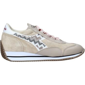 kengät Naiset Matalavartiset tennarit Diadora 201172772 Beige