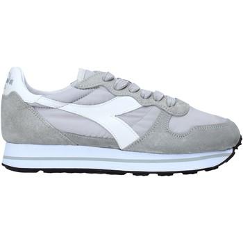 kengät Naiset Matalavartiset tennarit Diadora 201174905 Harmaa