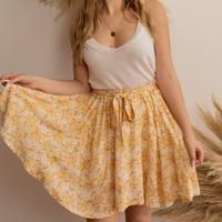 vaatteet Naiset Hame Céleste EGLANTINE Keltainen / Valkoinen