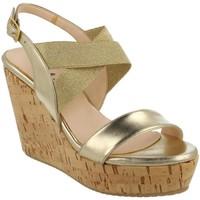 kengät Naiset Sandaalit ja avokkaat L'amour  Oro