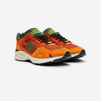 kengät Matalavartiset tennarit New Balance M920 x SNS Sports World Orange/Black