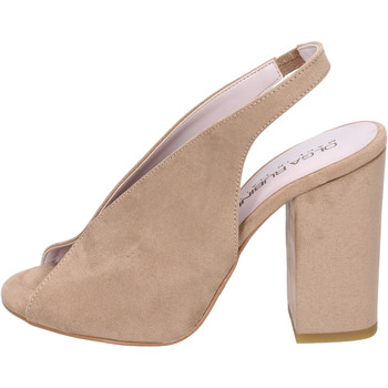 kengät Naiset Sandaalit ja avokkaat Olga Rubini Sandali Camoscio sintetico Beige