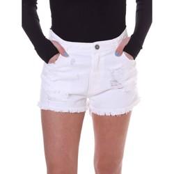 vaatteet Naiset Shortsit / Bermuda-shortsit Fornarina BE172B92D877KM Valkoinen