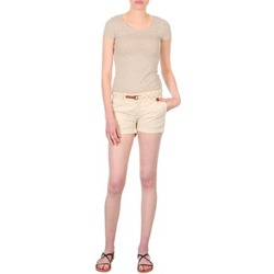 vaatteet Naiset Shortsit / Bermuda-shortsit Franklin & Marshall MACQUARIE Beige