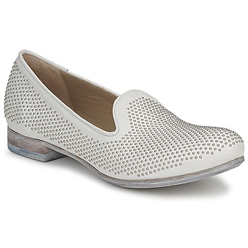 kengät Naiset Mokkasiinit Strategia CLOUPI White