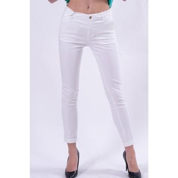 vaatteet Naiset Chino-housut / Porkkanahousut Fracomina FR21SP3004W40101 Valkoinen