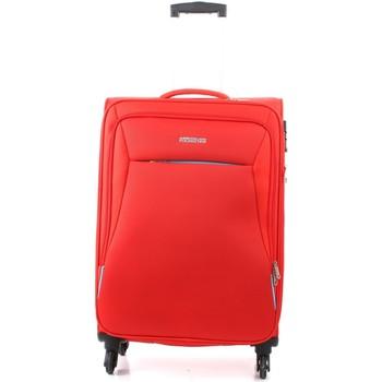 laukut Pehmeät matkalaukut American Tourister 39G000908 RED