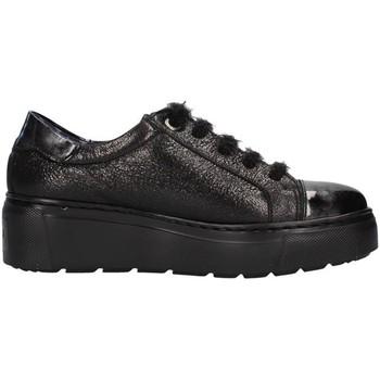 kengät Naiset Matalavartiset tennarit CallagHan 14906 BLACK