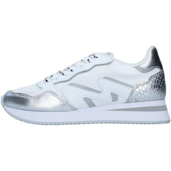 kengät Naiset Matalavartiset tennarit Manila Grace S682LU SILVER