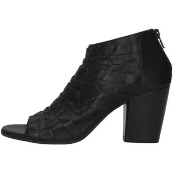 kengät Naiset Nilkkurit Bueno Shoes 20WQ2900 BLACK