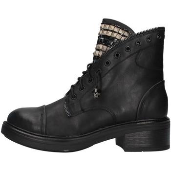 kengät Naiset Matalavartiset tennarit Gold&gold GA75 BLACK