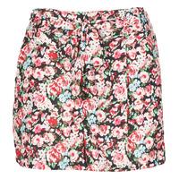 vaatteet Naiset Shortsit / Bermuda-shortsit Betty London OULALA Musta / Vaaleanpunainen
