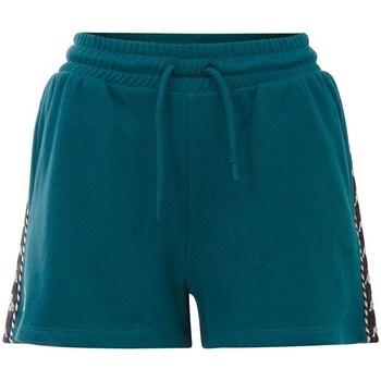 vaatteet Naiset Shortsit / Bermuda-shortsit Kappa Irisha Vihreät