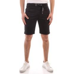 vaatteet Miehet Shortsit / Bermuda-shortsit Refrigiwear GA9103-P54600 BLACK