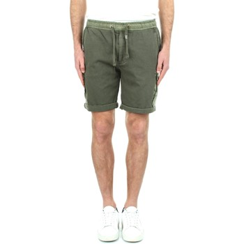 vaatteet Miehet Shortsit / Bermuda-shortsit Replay M9761 000 23102G Green