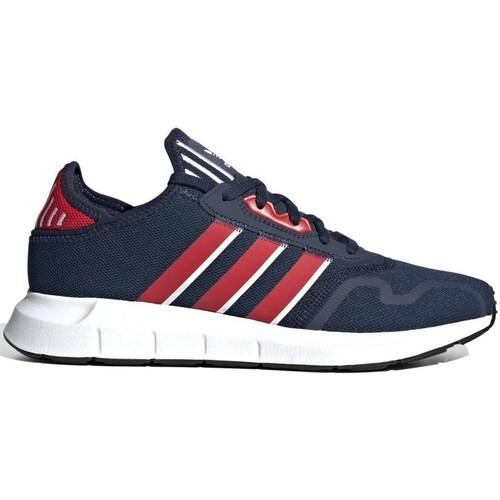 kengät Miehet Matalavartiset tennarit adidas Originals Swift Run X Punainen, Tummansininen