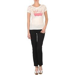 vaatteet Naiset Slim-farkut Levi's CL DC SLIM 5 PKT Black