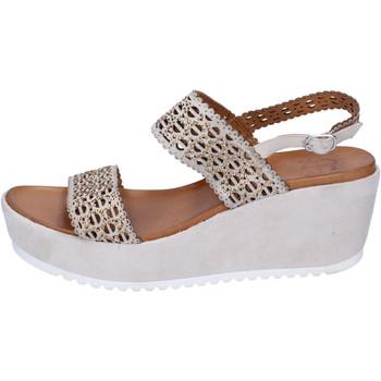 kengät Naiset Sandaalit ja avokkaat Femme Plus BJ892 Beige