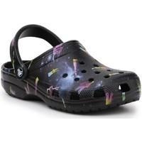 kengät Lapset Sandaalit ja avokkaat Crocs Classic Out Of This World II 206818-001 black