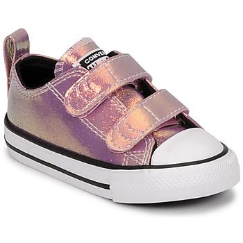kengät Tytöt Matalavartiset tennarit Converse CHUCK TAYLOR ALL STAR 2V IRIDESCENT GLITTER OX Vaaleanpunainen