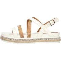 kengät Naiset Sandaalit ja avokkaat Alviero Martini P3A2109041195 White