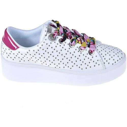 kengät Naiset Tennarit Guess FL6TWN LEA12 Valkoinen