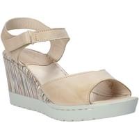 kengät Naiset Sandaalit ja avokkaat Melluso H019091 Beige