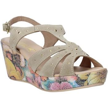 kengät Naiset Sandaalit ja avokkaat Melluso H037040 Beige