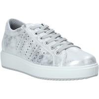 kengät Naiset Matalavartiset tennarit IgI&CO 7155111 Hopea