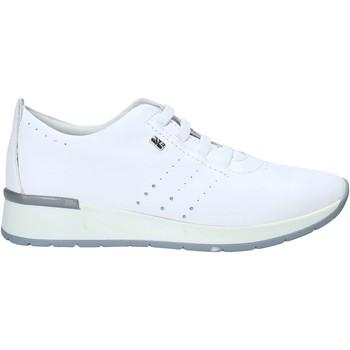 kengät Naiset Matalavartiset tennarit Valleverde V66383 Valkoinen